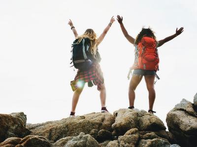 40 frases de amigos loucos para vocês celebrarem os momentos únicos da vida