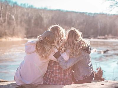 40 frases de desculpas para amiga que vão mostrar seu arrependimento